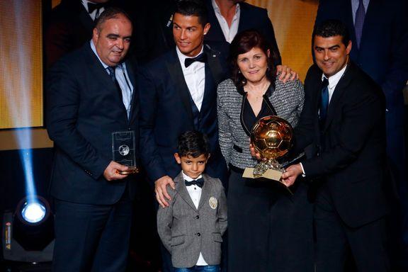 Cristiano Ronaldos mor avslører i ny film: - Jeg holdt på å ta abort