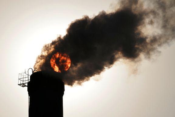 Verdens CO2-utslipp øker igjen. USA og Kina brenner mer kull.