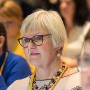 Aftenposten mener: På tide med kjønnsnøytrale yrkestitler