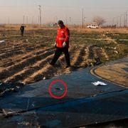 Flystyrten i Iran: Dette mystiske hullet vekker mistanke
