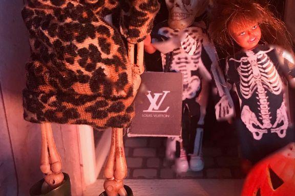 Ukens Dollhouse: «Toppen av krenkelse: å møte seg selv i døren på halloween»