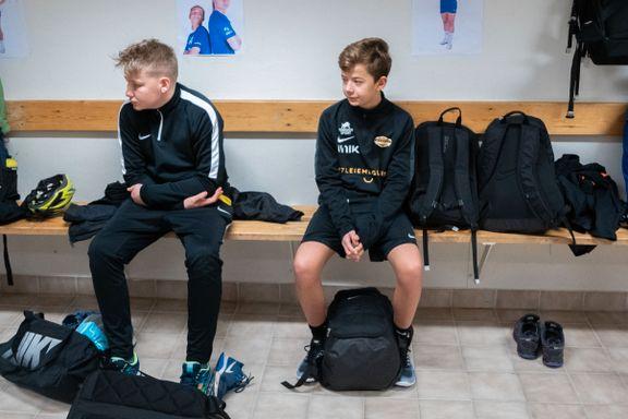 Nymarks 13-åringer hadde begrenset banetid. Da fant trenerne en kreativ løsning.