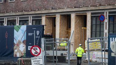 Smitterammet byggeplass holder fortsatt åpent: – Frykter hele næringen til slutt blir stengt ned