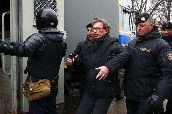 Demonstrasjoner mot «Europas siste diktator» i dag. Tidligere presidentkandidat blant 300 arresterte.