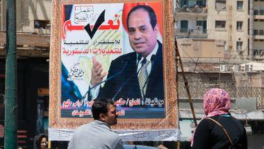 Egypterne bestemmer seg for om Sisi skal få sitte til 2030