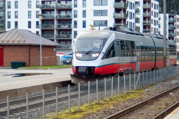 Den største stasjonen vil ha 300 passasjerer om dagen. Er det likevel gode grunner til å bygge jernbane i Nord-Norge?