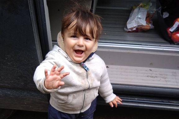 15 måneder gamle Artin forsvant på vei fra Iran til England. To måneder senere ble han funnet død på Karmøy.