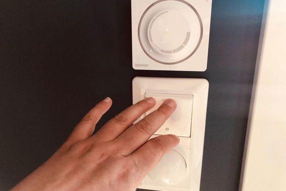 Bør du alltid skru av lyset når du går ut av et rom?