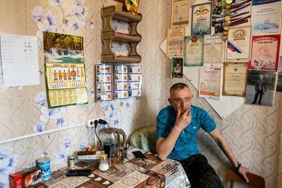 Valentin er eksnarkoman, fengselsfugl – og en politisk trussel. Han tror Navalnyj er i stor fare.