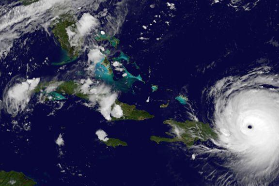 Flere enn 100.000 i Miami får ordre om å evakuere før Irma treffer Florida