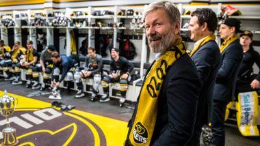 Oilers-ledelsen freder treneren: – Vi er fornøyde med ham