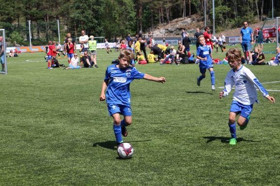 Tar et oppgjør med spilletid i barnefotball: – Kan sette dype spor