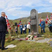 Forsvarsministeren deltok i 75-årsmarkering på Hopseidet