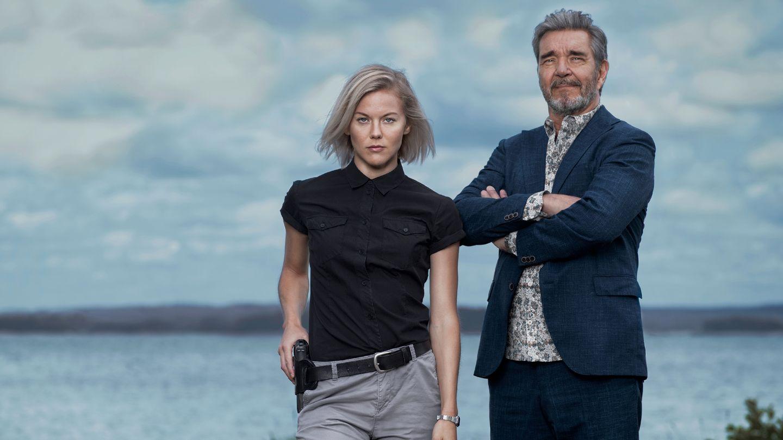 «Bäckström»: Familievennlig egoistkrim | Anmeldt av Asbjørn Slettemark