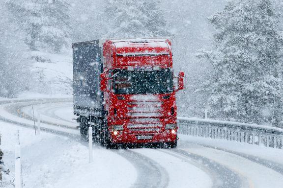 Farevarsel for snøfokk og jordskred sendt ut for deler av Sør-Norge