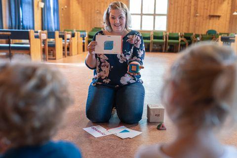 LEK: I Nordberg menighets barnehage er systematisk lek bare et lite tillegg til alt de gjør, ifølge bestyrer Tonje Laurendz Bornø. Hun tror at leken bidrar til en tidlig hjerneutvikling som gjør det lettere å lære senere.