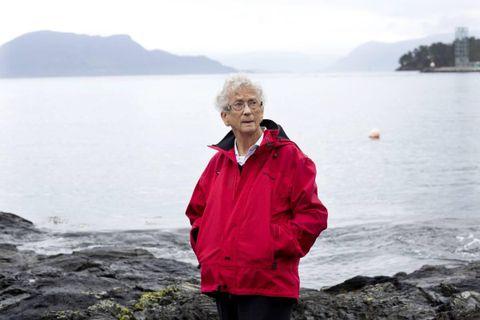 MINNE: Sigrid Kattetveit (83) mista søskenbarnet Karen Larsen då rutebåten DS «Austri» blei senka 21.februar 1945.