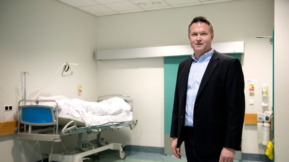 lærdal sykehus kneoperasjon