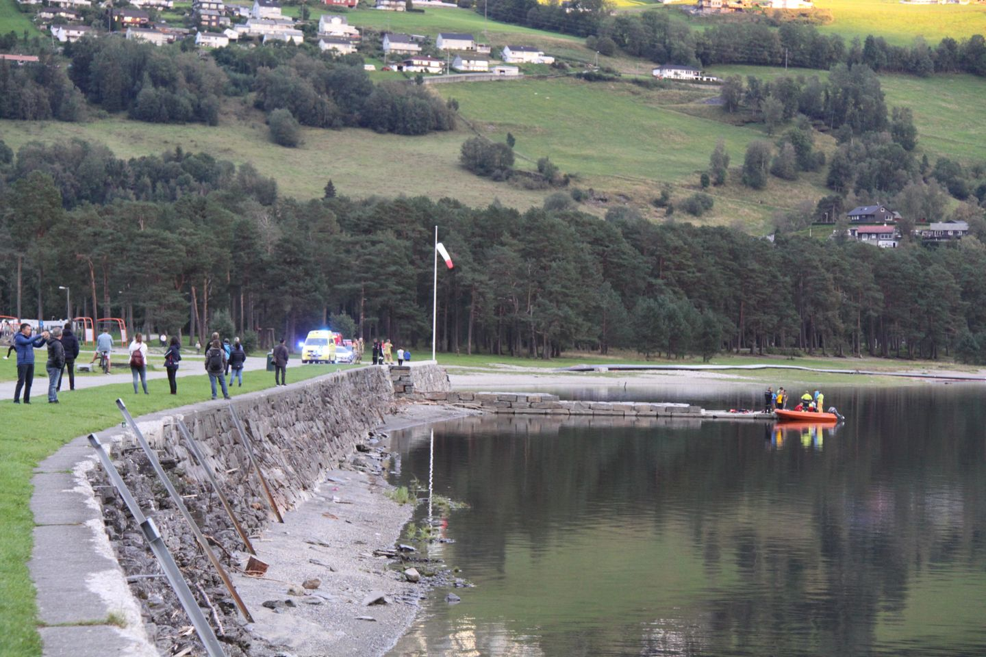 Man unconscious after a paraglider accident in Voss