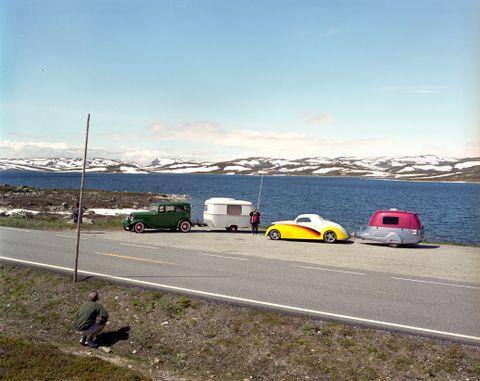 BILVEIEN, 2015: Den slake fine veien over Hardangervidda, med fine rasteplasser og vakker utsikt gjør vidda perfekt for bilturister. Gjerne veteranbiler eller ekstragavante sportsbiler.