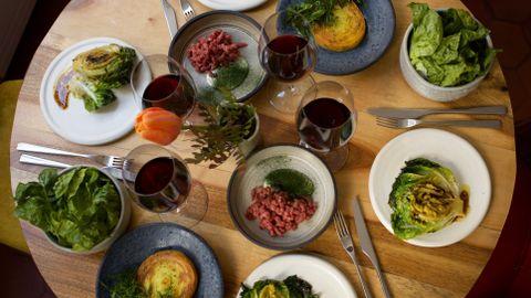 GRØNT: På restauranten Verjus er det grønnsaker i fokus.