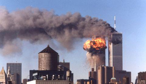 «9/11»: Terrorangrepet 11. september 2001 omtales ofte som «9/11» på amerikansk engelsk. Grunnen til det er at på engelsk kommer måneden før datoen.