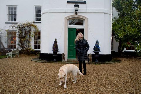 <strong>PENGESLUK:</strong> Store deler av inntektene frå bøkene til Lucinda Riley, har gått med til å pusse opp dette store murhuset frå 1700-talet i Norfolk.