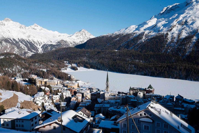 Sveits stemmer over våpenlover på linje med EU