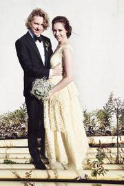 aa05f8ac LYSEGULT: Ida Kristine Hatleskog giftet seg med sin Øivind i en lys gul  kjole for snart tre år siden. - Tanken på å ha en farget brudekjole hadde  egentlig ...
