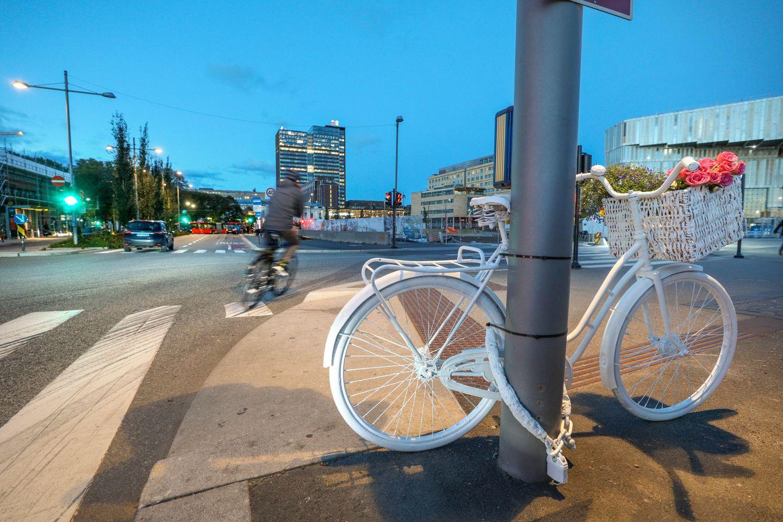 Småbarnsmor på sykkel omkom – lastebilsjåfør tiltalt for uaktsomt drap
