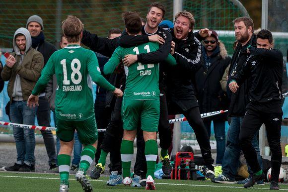 42a61644 Brodd feirer vilt under 4–0 seieren mot Vardeneset tilbake i oktober 2016.  Nå spiller lagene igjen i samme divisjon.