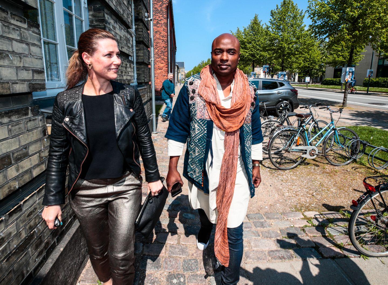 På workshop med Durek Verrett og Märtha Louise: Latter, uling og krampegråt