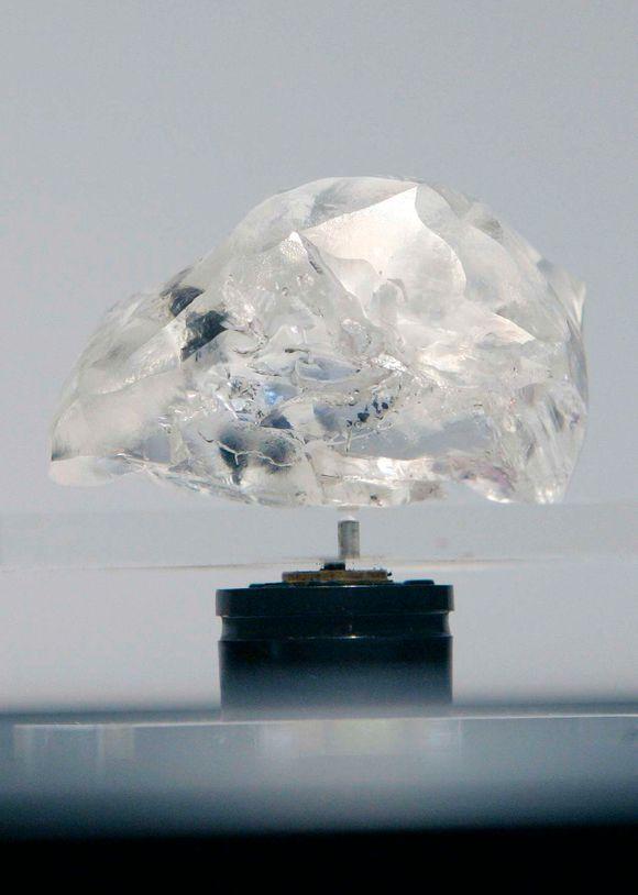 da31b114 Dette er verdens 18. største diamant, funnet i Letšeng-gruven i Lesotho i  2007 og utstilt i Antwerpen samme år.