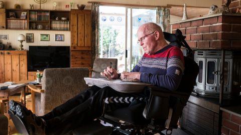 PÅ OVERTID: Han fikk ett år igjen å leve. Nå er det 13 år siden legene ga ham beskjeden. – Jeg lever på bonustid, sier Bjørn Øfstaas.