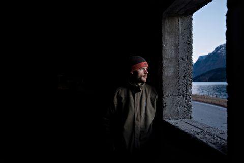 GØYMDE SEG: - Eg tenkte på korleis vi skulle overleve, seier Jan Erik Nedre-Flo. Rasoverbygget blei redninga då raset gjekk.