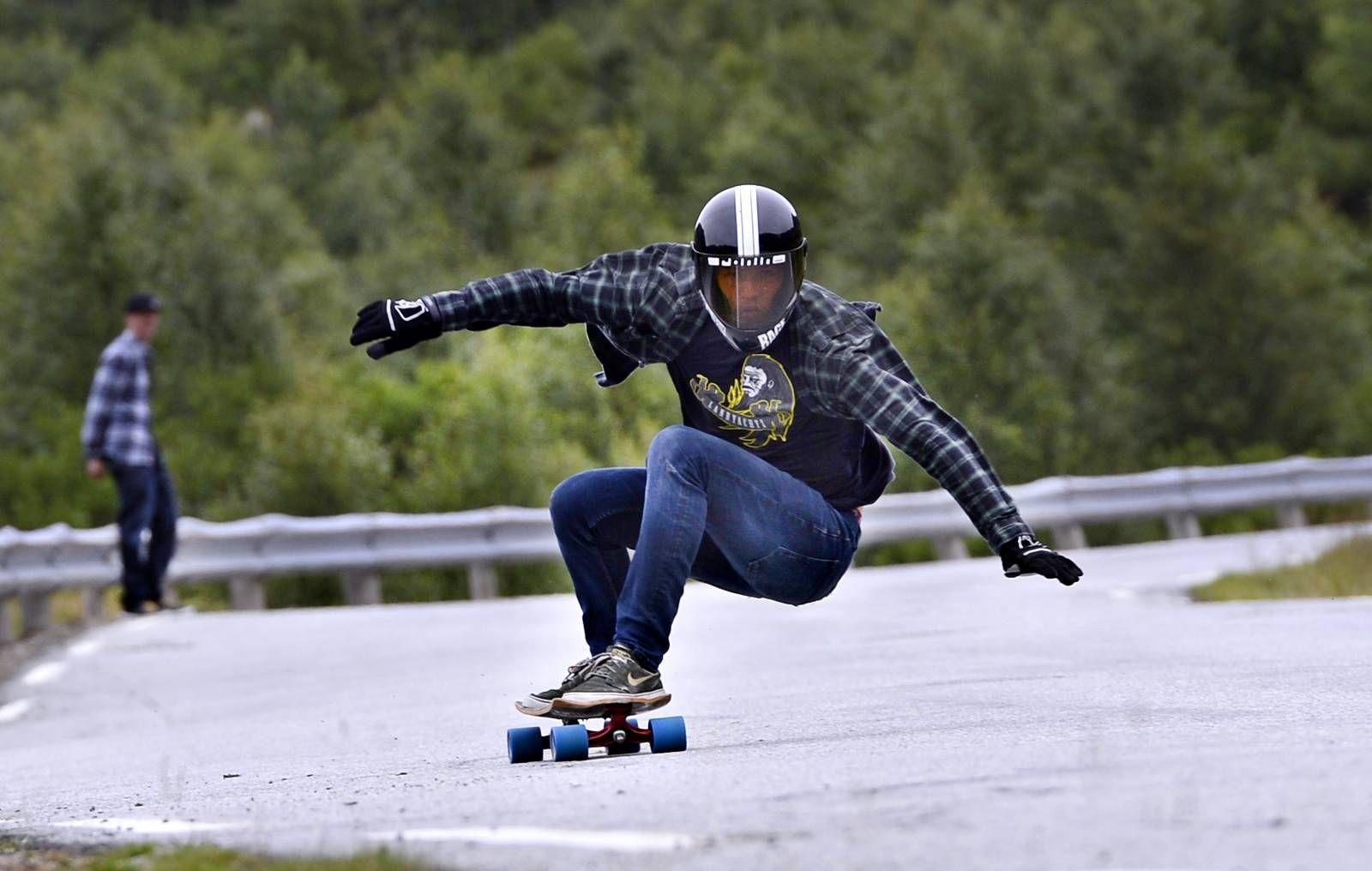 hekte skateboard dekk scene dating 21 mars