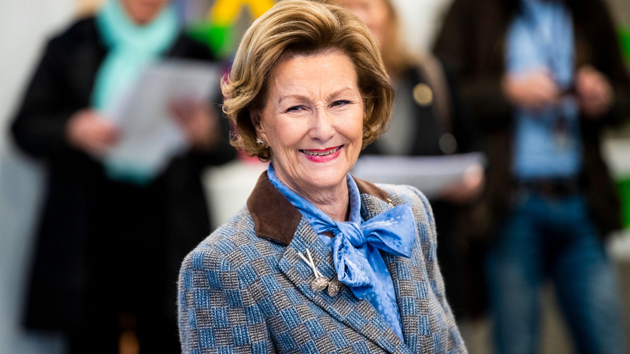 Dronning Sonja markerer 82 årsdagen med privat feiring – VG