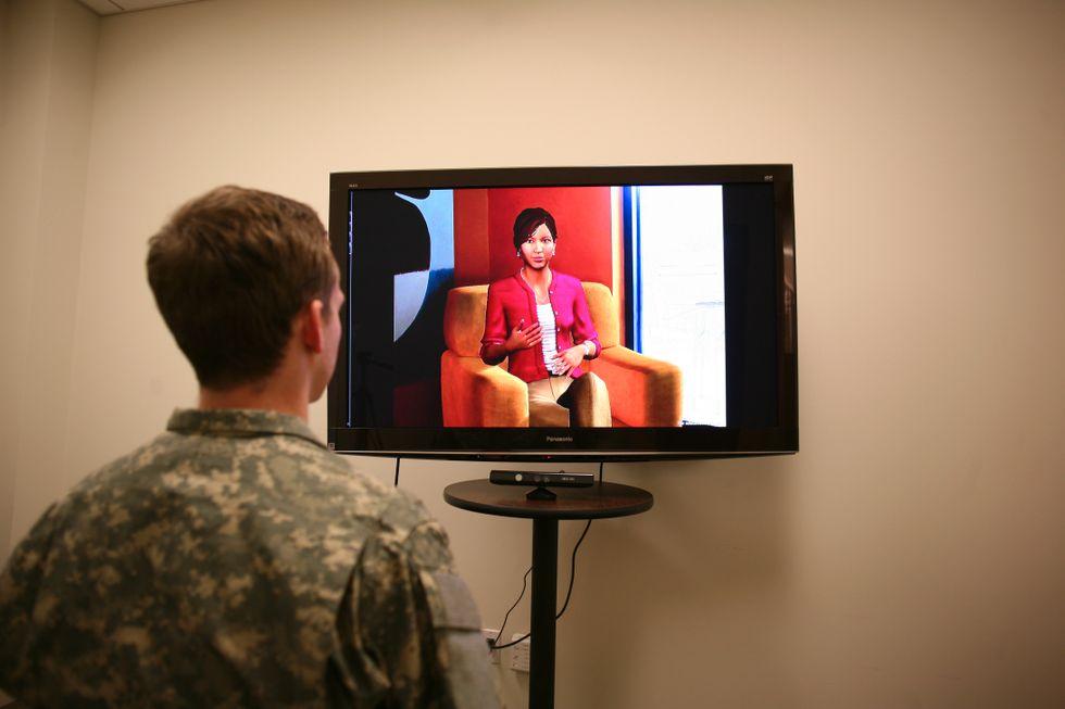 f07d2458 Robotpsykologen Ellie får flere traumepasienter til å åpne seg ...