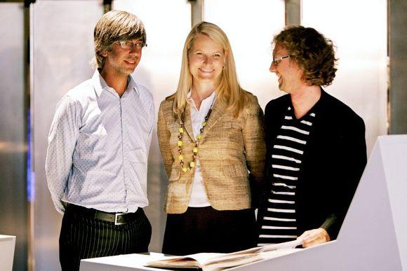 f87a9fa9 Designerne Arne & Carlos sammen med kronprinsesse Mette-Marit.