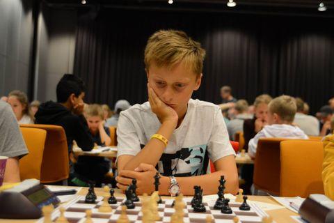 FØRSTEPLASS: Joakim (11) ble best i sin klasse!