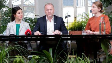 Forrige uke var han i møte med Venstre. Men Raymond Johansen tror det ender med Rødt.