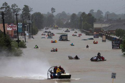 IKKE KJEKT: Bildet viser flommen i Texas 28. august i år.