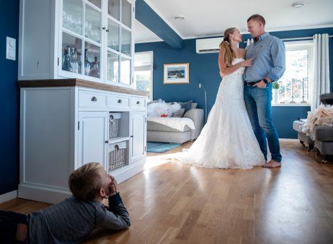 NYTT FORSØK: 10. august 2019 skal Heidi Hagaløkken og Thomas Willard gifte seg etter tre tidligere forsøk. Nå tror de at de klarer det. Sønnen Elias (9) håper det.