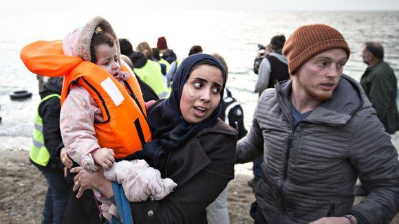 18713057 Flyktninger er også mennesker. Har vi glemt det?   Camilla Haakonsen ...