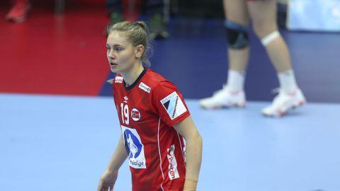 Kjerstin Boge Solås er på vei tilbake etter kneskaden. Men EM kommer for tidlig for landslagsspilleren.