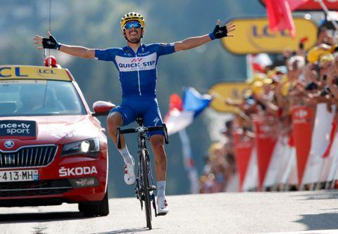 Julian Alaphilippe vant i fjor den tiende etappen i Tour de France. Seieren dedikerte han til faren sin.