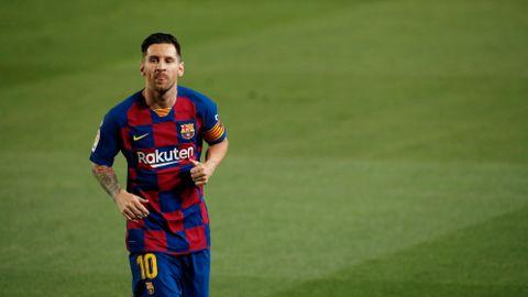 Barcelona  sendte  rivalen  ned  en  divisjon