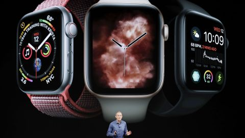 NYTT: Apple-sjef Jeff Williams presenterer selskapets nye smartklokke på Steve Jobs Theater i Cupertino onsdag.