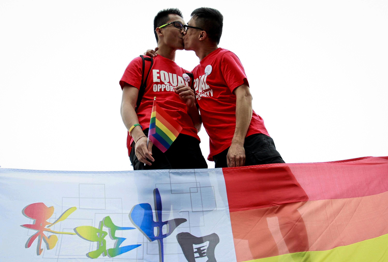 Hvordan kan du vite om fyren du er dating er homofil