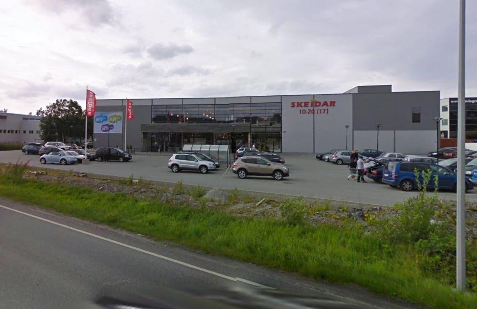 Modernistisk Ikke plass til to Skeidar-butikker - Stavanger Aftenblad IB-71